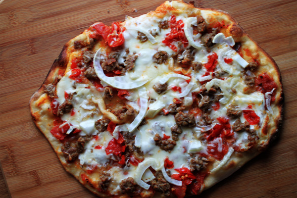 Post image for SAUSAGE & FENNEL PIZZA W/CARAMELIZED ONIONS & PEPPADEWS