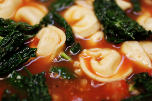 GARLICKY TORTELLINI SOUP WITH KALE | Smith Bites