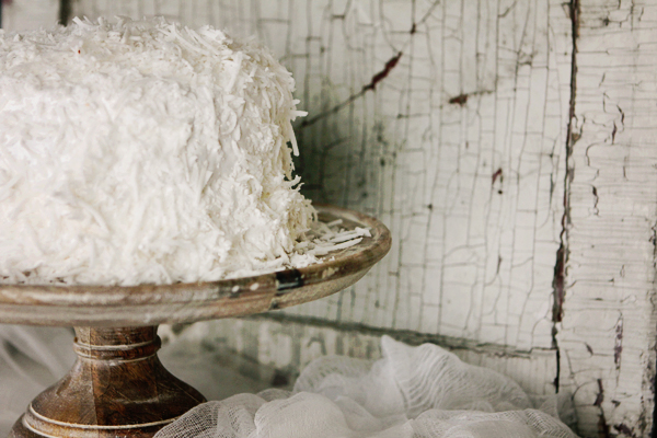 Post image for COCONUT CAKE FROM SAVEUR