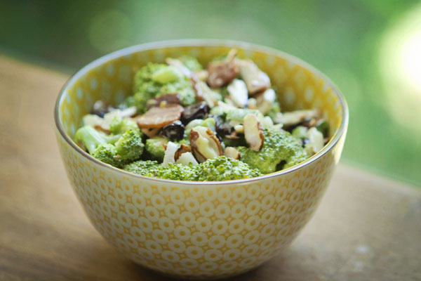 Post image for BROCCOLI SALAD