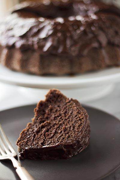 GLUTEN-FREE SOUR CREAM CHOCOLATE BUNDT CAKE | Smith Bites