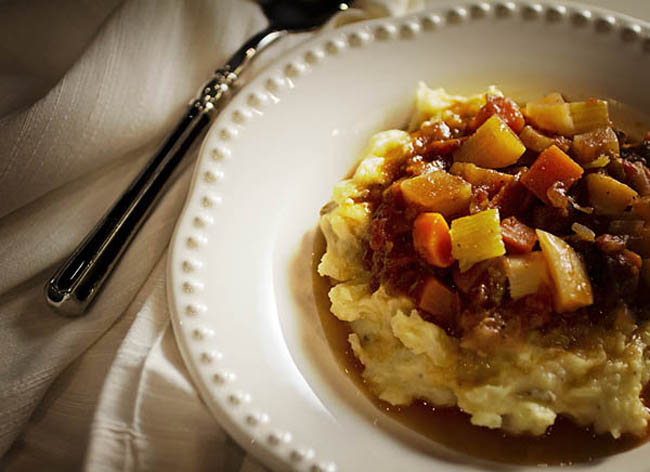 Post image for BEEF STEW WITH HORSERADISH SMASHED POTATOES
