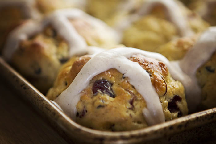 Post image for GLUTEN-FREE HOT CROSS BUNS