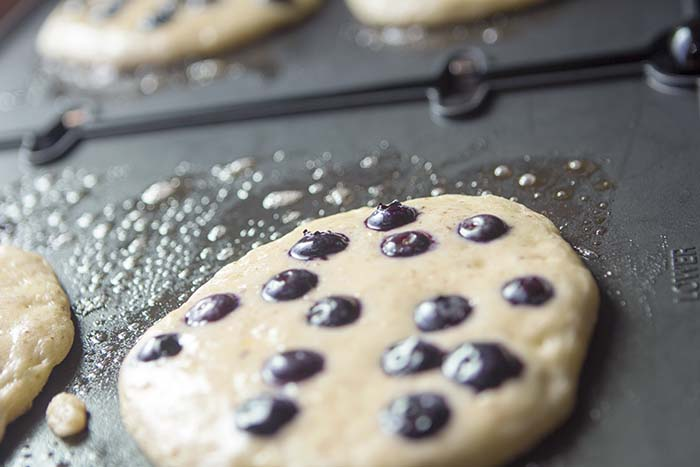 grain_free_blueberry_pancake_2_webjpg