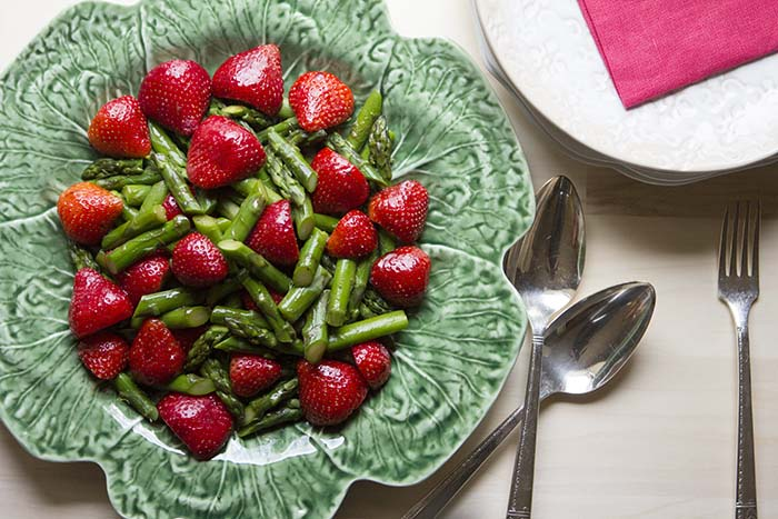 asparagus_strawberry_salad_3