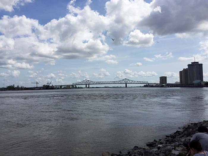 new_orleans_mississippi_bridge