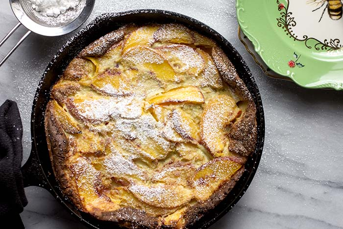 Post image for GLUTEN-FREE PEACH DUTCH BABY