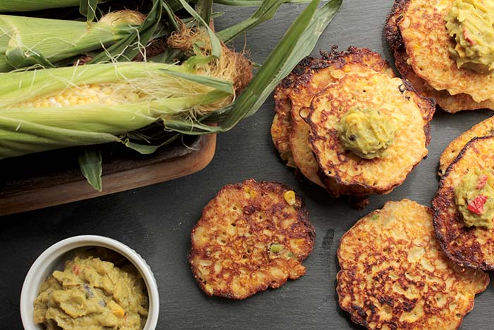 Post image for GLUTEN-FREE FRESH CORN CAKES WITH GUACAMOLE