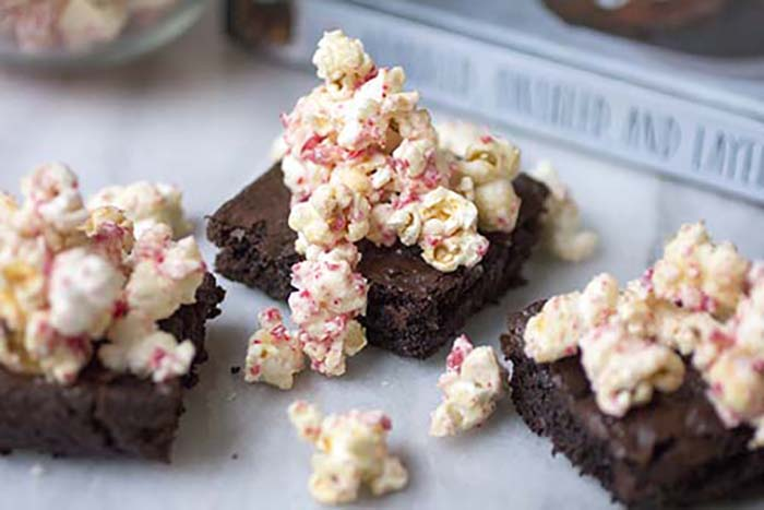 white-choco_peppermint_mocha_brownie_3